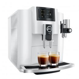 Robot café JURA E8 Pianowhite et 3 paquets de 250g de café en grains et 2 verres expresso Cafés Richard 8cl offerts